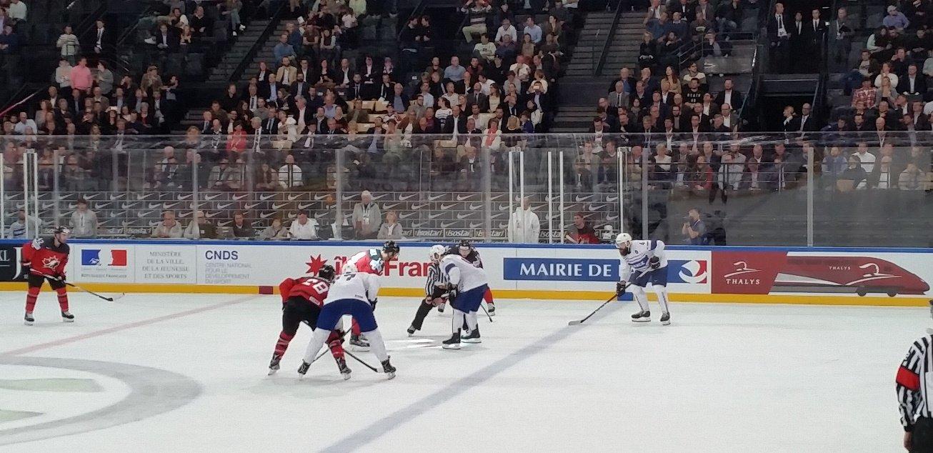France - Canada - Coup d'envoi